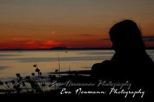 Ewa Neumann Photography A girl and a sun rise